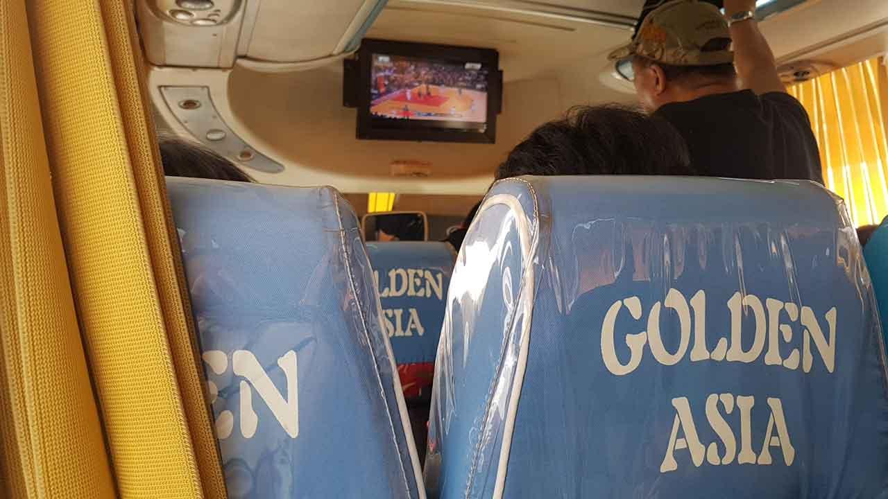 Golden-Asia-Bus